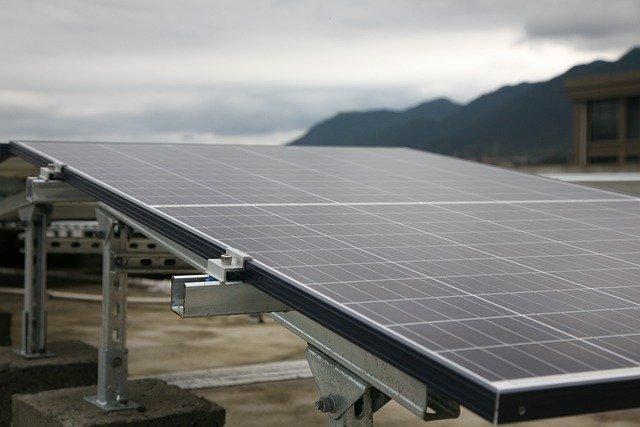 Pulizia pannelli fotovoltaici fai da te